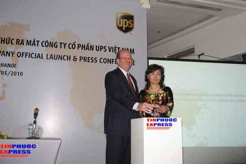 Đại lý vận chuyển Quốc Tế UPS tại Hà Nội