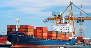 Phí vận tải biển với nhiều nghịch lý